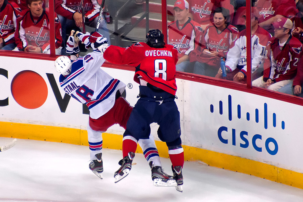 Ovechkin checks Staal